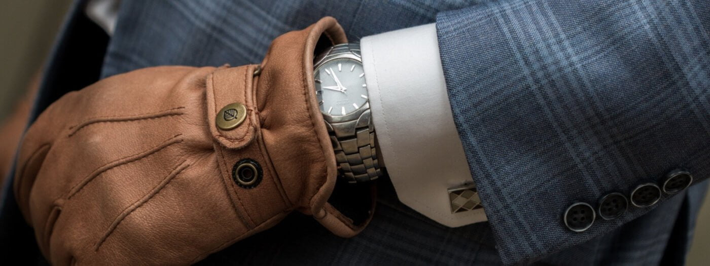 Must have fashion accessories for men